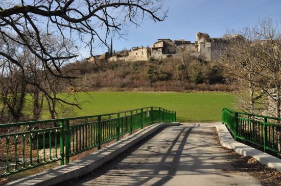 Le pont Bossu au pied de beaufort-sur-Gervanne