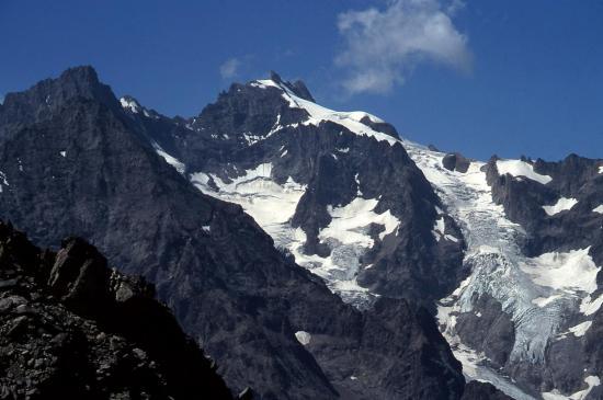 Le massif de la Meije vu depuis la brèche du Vallon de la Route