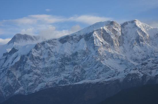 Le Lamjung himal (6993m)