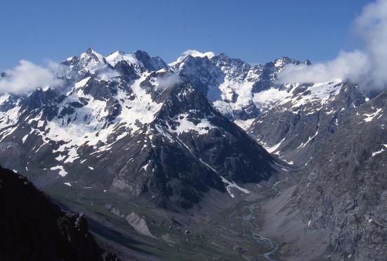 Le massif de la Meije depuis le col de Laurichard