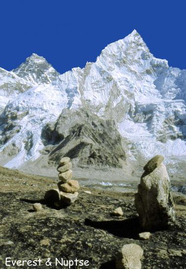 Everest et Nupse depuis le Kalapattar