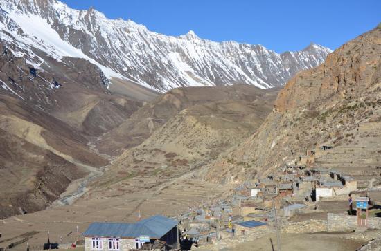 Le village de Naar