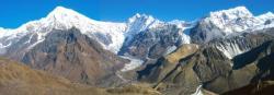 Depuis Ngegang, le Langtang Himal