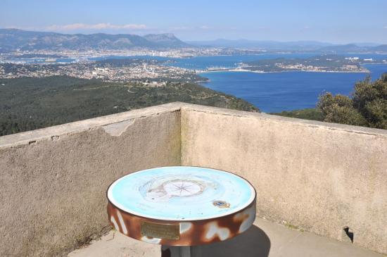 La rade de Toulon vue depuis ND du Mai