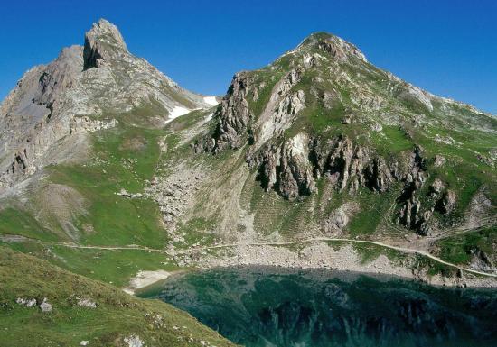 Le seuil des Rochilles et le lac du Grand Ban