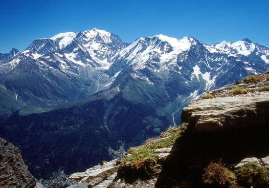 Au sommet du Mont Joly