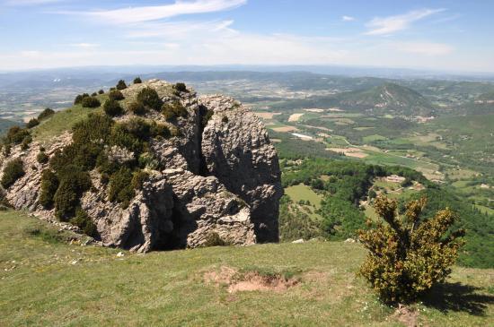 La roche de la Tournelle et les monts d'Ardèche
