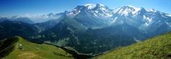 Le massif du Mont-Blanc depuis les crêtes du Mont Joly