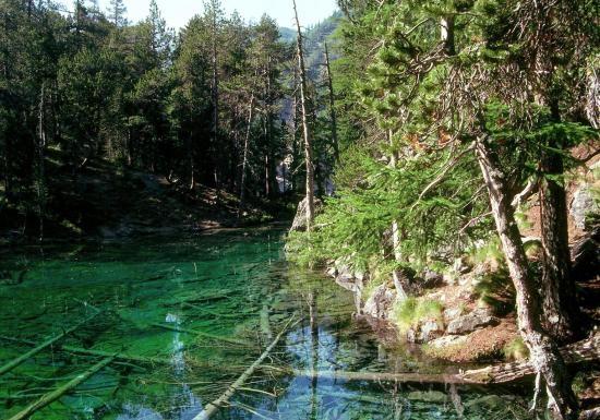 Le Lac Vert dans la Vallée Etroite
