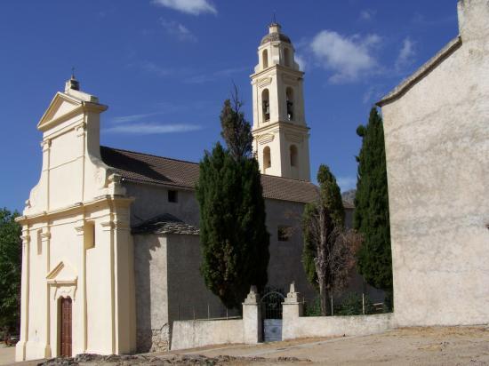 La chapelle à l'entrée d'Olmi