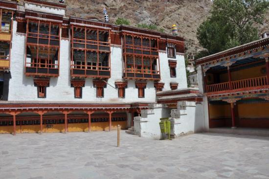 Le monastère de Hémis