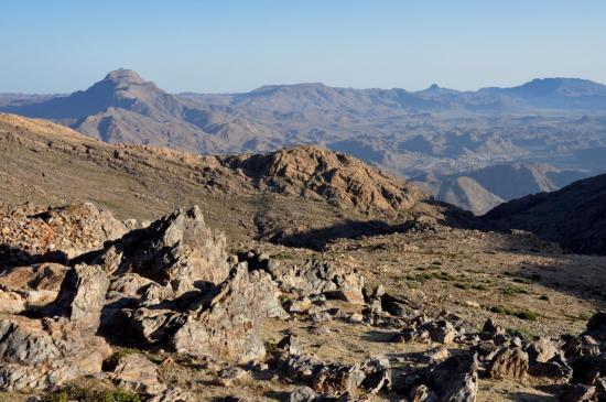 Le pays de Tafraoute depuis les azibs Igouramène