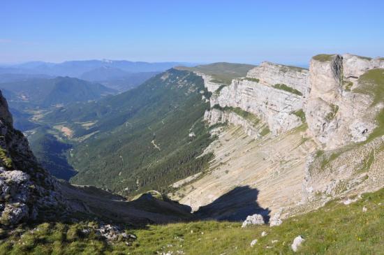 Au-dessus de Font d'Urle, le pas de l'Infernet