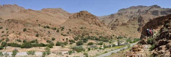 A la sortie des gorges d'Ait Mansour