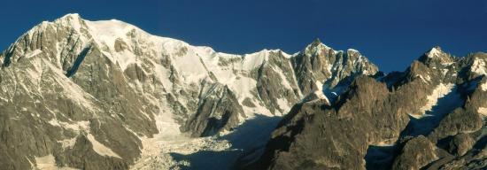 Le Mont-Blanc depuis le refuge Bertone (Val d'Aoste)