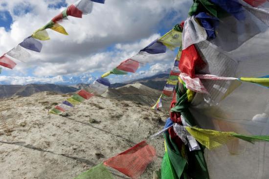 Sur les crêtes entre Bharcha et Makhchung, le Samdzong La