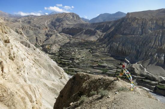 Le darchok qui marque le départ du sentier de descente sur Tetang