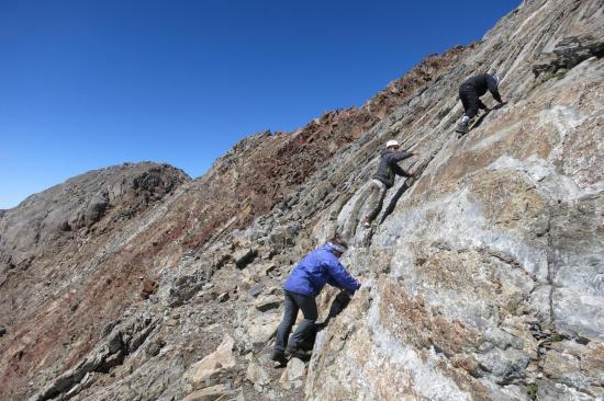 Les derniers mètres sous le sommet de Pique Longue