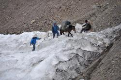 Dans la gorge d'accès au Pudzong La