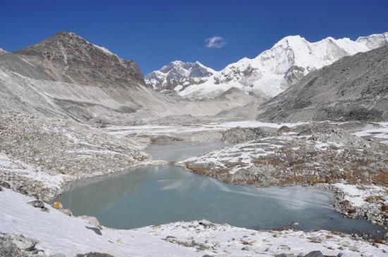 Les premiers lacs du complexe de Panch pokhari