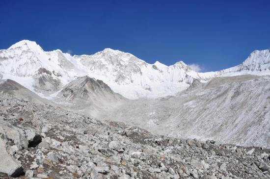 Depuis la montée aux Panch pokhari, de G à D, Kali himal, Baruntse et West col