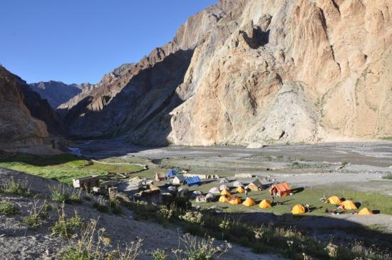 Le terrain de camping de Kanji