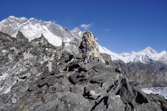 Passage du Kongma La et dernières apparitions du Lhotse et du Makalu