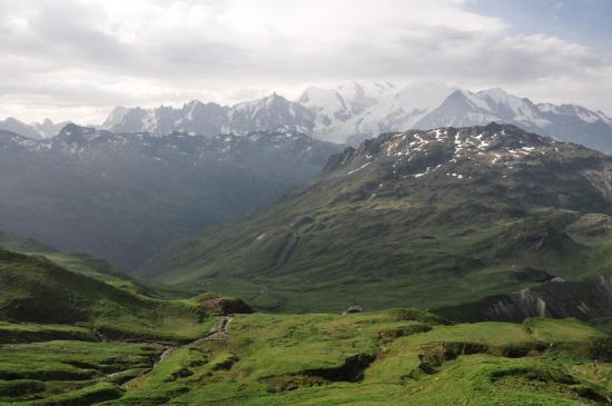Le massif du Mont-Blanc vu du col d'Anterne