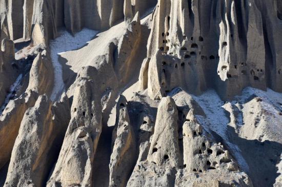 Le spectacle des falaises de Yara