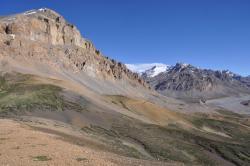 Au sommet des alpages qui dominent la vallée de la Malung Chu