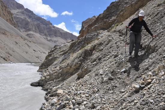 Sentier le long de la Tsarap Chu