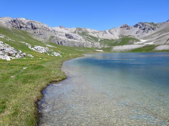 L'un des lacs Escur à l'eau si limpide...
