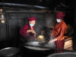 Dans les cuisines du monastère