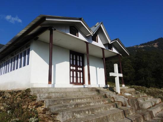 L'église de Bhamti Bhandar