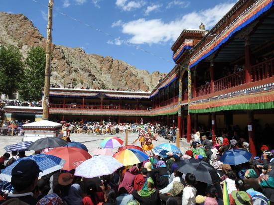 La fête annuelle au monastère drukpa de Hemis (début juillet)