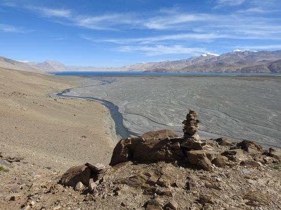 Franchissement de l'épaule détritique qui permet d'entrer dans la vallée de la Phirse chu