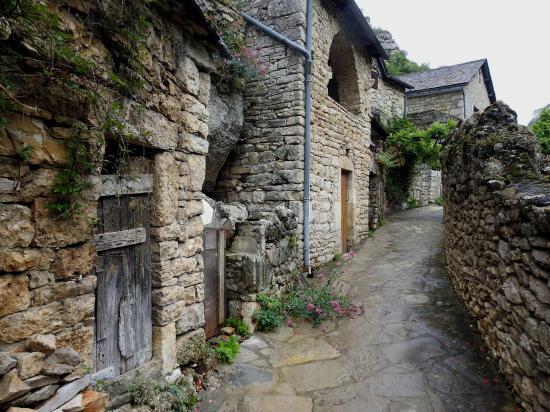 Les maisons moyenâgeuses de La Malène