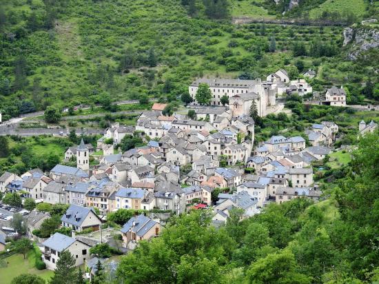 Sainte-Enimie