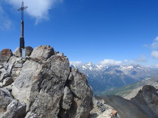 Au sommet du Grand Aréa