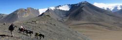 Le Gaugiri vu depuis la descente du Parchekya La