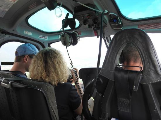 A bord de l'hélico avec Mike...