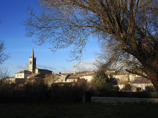 Montjoyer en Drôme Provençale