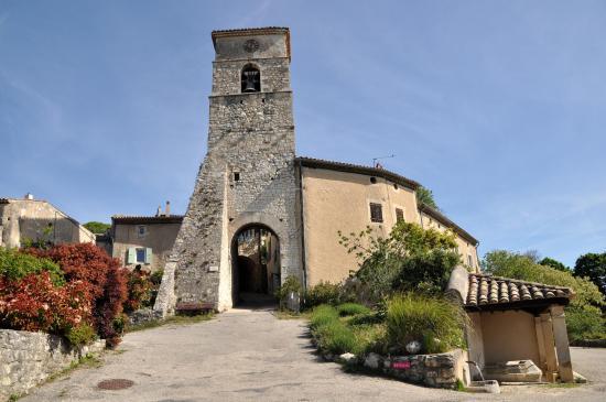 Le beffroi du vieux village de Marsanne