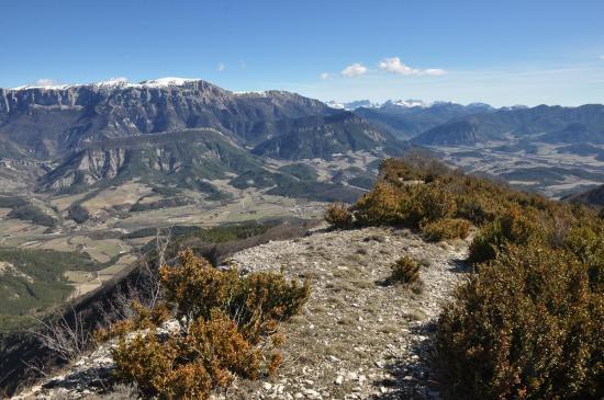 Le Glandasse et le Dévoluy vus depuis le sommet de la montagne de Beaufayn