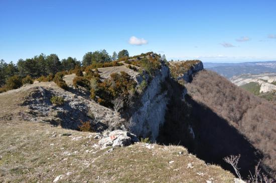 Descente du sommet de la montagne de Beaufayn pour rejoindre le Pas du Loup
