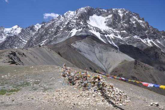 Au Konzke La (4950m)