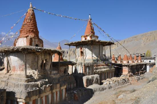 Les chortens de Tangye