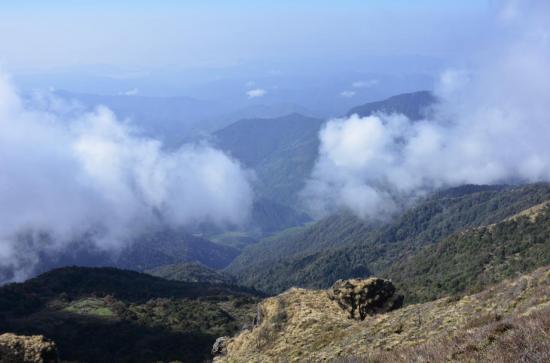 Descente sur Bhujung