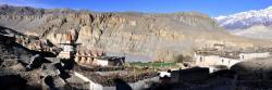 Le village de Tangge qui s'éveille sous les premiers rayons du soleil