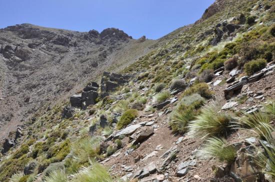Le tizi n'Oumslma (vue du côté de la descente sur Arg)